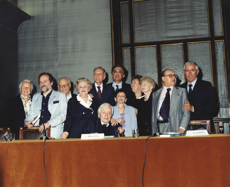 Foto di gruppo - membri del Centro studi G. G. Belli